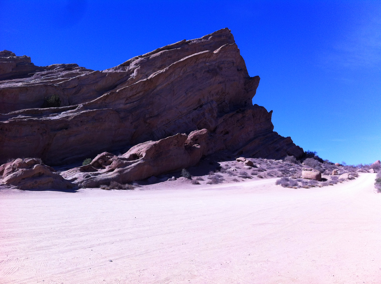 Agua Dulce, camping, day trips, day trips from Los Angeles, Desert, hiking, picnics, Rock Climbing, Santa Clarita, Southern California Hiking, Travel, Vasquez Rocks, Westerns