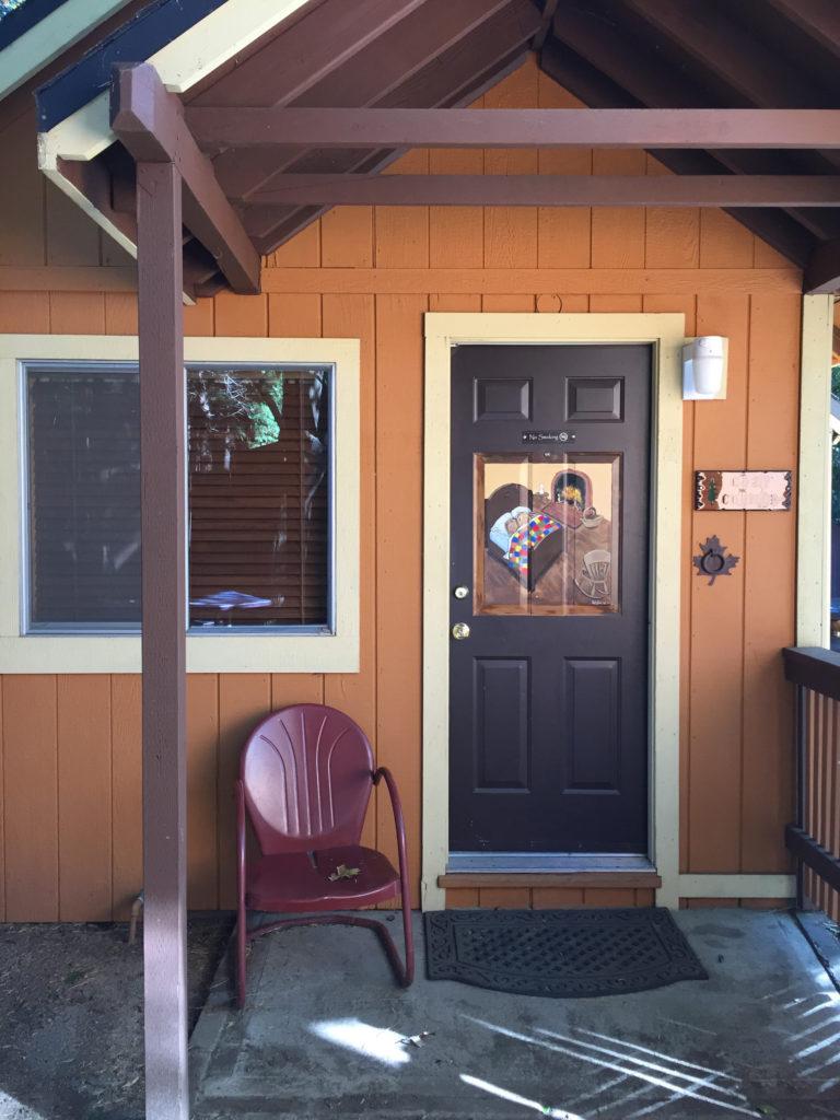 Sleepy Hollow Cabins & Hotel, Crestline, California, Hotel, Review, Mountain, Adventure, Travel