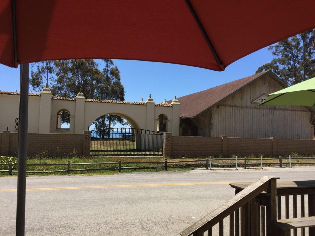 Sebastian's, restaurant, best hamburgers, San Simeon,