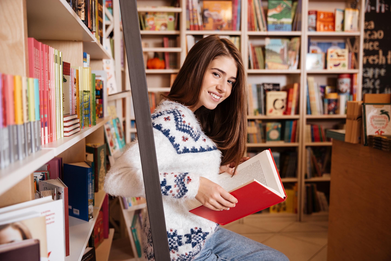 Books, library, Marie Kondo